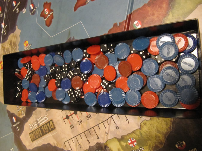 Axis & Allies WWI 1914 - 4 Colours of Chips